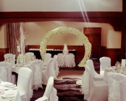 Classic-Weddings-Venue-Dressing (4)